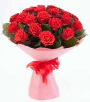 12 adet kırmızı gül buketi  Amasya çiçek siparişi sitesi