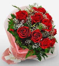 12 adet kırmızı güllerden kaliteli gül  Amasya çiçek siparişi vermek