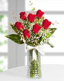 Cam vazoda 7 adet kırmızı gül  Amasya çiçek , çiçekçi , çiçekçilik