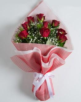 9 adet kırmızı gülden buket  Amasya çiçek satışı