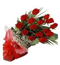 15 kırmızı gül buketi sevgiliye özel  Amasya çiçek gönderme sitemiz güvenlidir