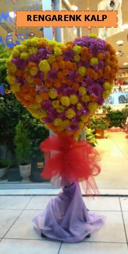 Ankara mevsim çiçeklerinden kalp perförje  Amasya çiçekçi telefonları