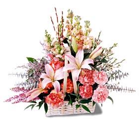 Amasya çiçek siparişi sitesi  mevsim çiçekleri sepeti özel tanzim