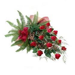 Amasya online çiçek gönderme sipariş  10 adet kirmizi gül özel buket çiçek siparisi