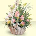 Amasya 14 şubat sevgililer günü çiçek  sepette pembe güller