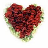 kalp biçiminde 15 gülden   Amasya güvenli kaliteli hızlı çiçek