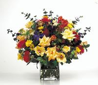 vazoda karisik  çiçekler  çiçekligi   Amasya çiçek gönderme sitemiz güvenlidir