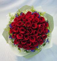 Amasya çiçek , çiçekçi , çiçekçilik  10 adet kirmizi gül sadelikte