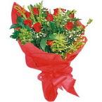 10 adet kirmizi gül buketi  Amasya çiçek yolla