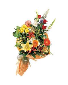 mevsim çiçekleri buketi   Amasya uluslararası çiçek gönderme