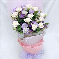 Amasya internetten çiçek satışı  BEYAZ GÜLLER VE KIR ÇIÇEKLERIS BUKETI