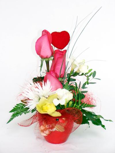 Amasya ucuz çiçek gönder  cam içerisinde 3 adet gül ve kir çiçekleri