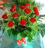 12 adet gül buketi  Amasya anneler günü çiçek yolla