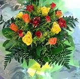 13 adet karisik gül buketi demeti   Amasya uluslararası çiçek gönderme