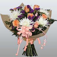 güller ve kir çiçekleri demeti   Amasya çiçekçiler