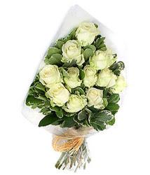 Amasya online çiçekçi , çiçek siparişi  12 li beyaz gül buketi.