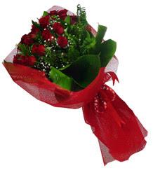 Amasya çiçek gönderme sitemiz güvenlidir  10 adet kirmizi gül demeti