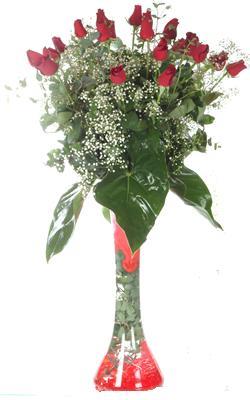 Amasya uluslararası çiçek gönderme  19 ADET GÜL VE FIL CAM AYAGI