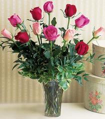 Amasya çiçek mağazası , çiçekçi adresleri  12 adet karisik renkte gül cam yada mika vazoda