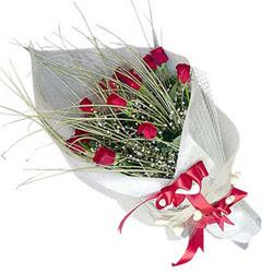 Amasya yurtiçi ve yurtdışı çiçek siparişi  11 adet kirmizi gül buket- Her gönderim için ideal