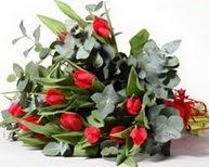 Amasya çiçek satışı  11 adet kirmizi gül buketi özel günler için