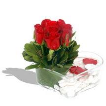 Mika kalp içerisinde 9 adet kirmizi gül  Amasya çiçek servisi , çiçekçi adresleri