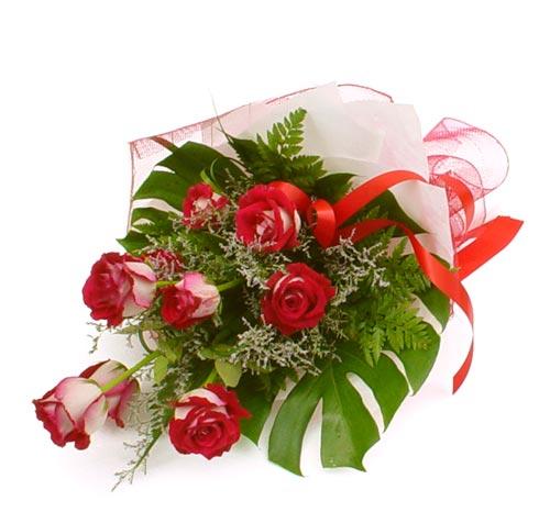 çiçek gönder 7 adet kirmizi gül buketi  Amasya kaliteli taze ve ucuz çiçekler