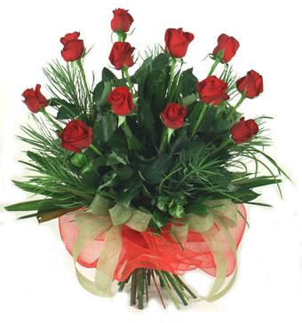 Çiçek yolla 12 adet kirmizi gül buketi  Amasya güvenli kaliteli hızlı çiçek