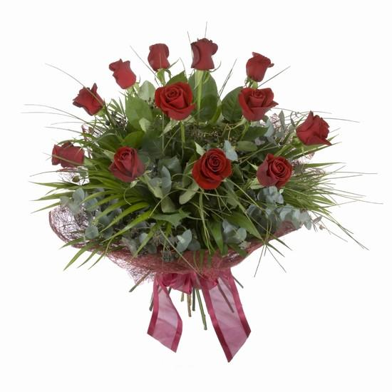 Etkileyici buket 11 adet kirmizi gül buketi  Amasya internetten çiçek satışı