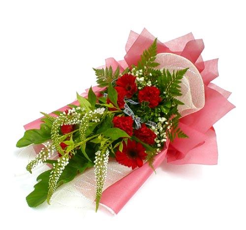 Karisik çiçek buketi mevsim buket  Amasya çiçek siparişi sitesi