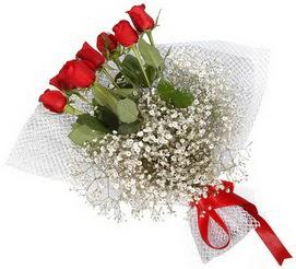 7 adet essiz kalitede kirmizi gül buketi  Amasya hediye sevgilime hediye çiçek