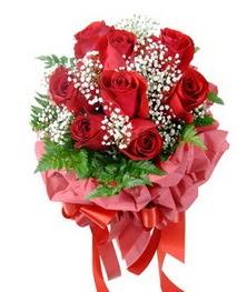 9 adet en kaliteli gülden kirmizi buket  Amasya çiçek servisi , çiçekçi adresleri