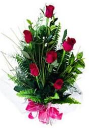 Amasya güvenli kaliteli hızlı çiçek  5 adet kirmizi gül buketi hediye ürünü