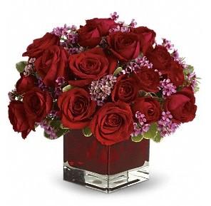 11 adet kırmızı gül vazosu  Amasya çiçekçiler