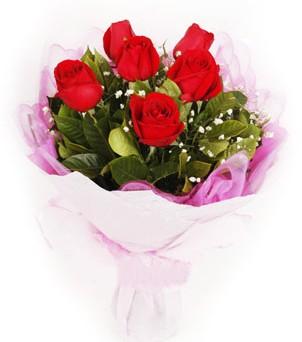 Amasya hediye sevgilime hediye çiçek  kırmızı 6 adet gülden buket