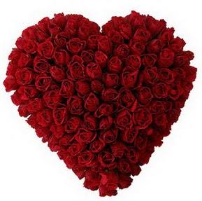 Amasya çiçekçi mağazası  muhteşem kırmızı güllerden kalp çiçeği