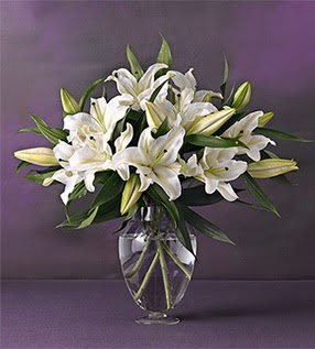 Amasya İnternetten çiçek siparişi  4 dal cazablanca vazo çiçeği