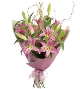 Amasya İnternetten çiçek siparişi  3 dal cazablanca buket çiçeği