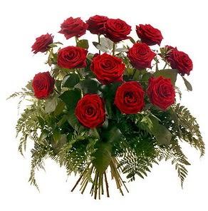 Amasya internetten çiçek satışı  15 adet kırmızı gülden buket