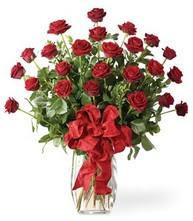 Sevgilime sıradışı hediye güller 24 gül  Amasya 14 şubat sevgililer günü çiçek