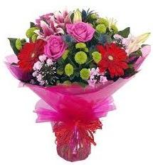 Karışık mevsim çiçekleri demeti  Amasya online çiçek gönderme sipariş