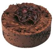 6 ile 9 kişilik çikolatalı yaş pasta