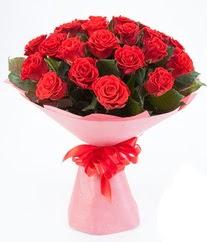 15 adet kırmızı gülden buket tanzimi  Amasya çiçek siparişi sitesi
