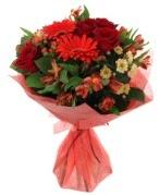 karışık mevsim buketi  Amasya internetten çiçek siparişi