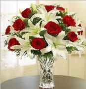 12 adet kırmızı gül 2 dal kazablanka vazosu  Amasya çiçek satışı