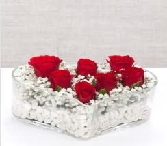 kalp içerisinde 7 adet kırmızı gül  Amasya çiçek siparişi vermek