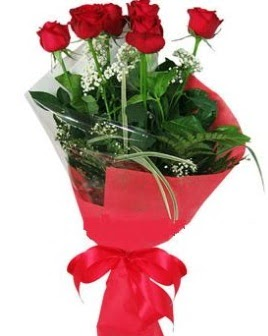 5 adet kırmızı gülden buket  Amasya kaliteli taze ve ucuz çiçekler