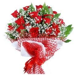 11 kırmızı gülden buket  Amasya 14 şubat sevgililer günü çiçek