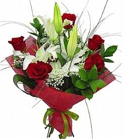 1 dal kazablanka 5 kırmızı gül buketi  Amasya kaliteli taze ve ucuz çiçekler