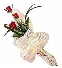 3 adet kırmızı gül buketi  Amasya güvenli kaliteli hızlı çiçek